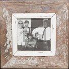 Quadratischer Wechselrahmen aus Recyclingholz für ca. 14,8 x 14,8 cm große Fotos