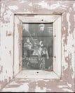 Bilderrahmen aus Recyclingholz für kleine Fotos