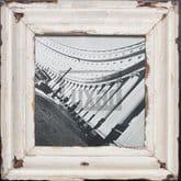 Quadratischer Bilderrahmen aus recyceltem Holz für quadratische Fotos