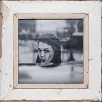 Quadratischer Bilderrahmen aus alten Holzleisten