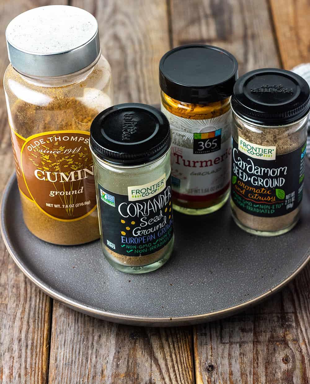 Curry Powder ingredients, turmeric, coriander, cumin, cardamom