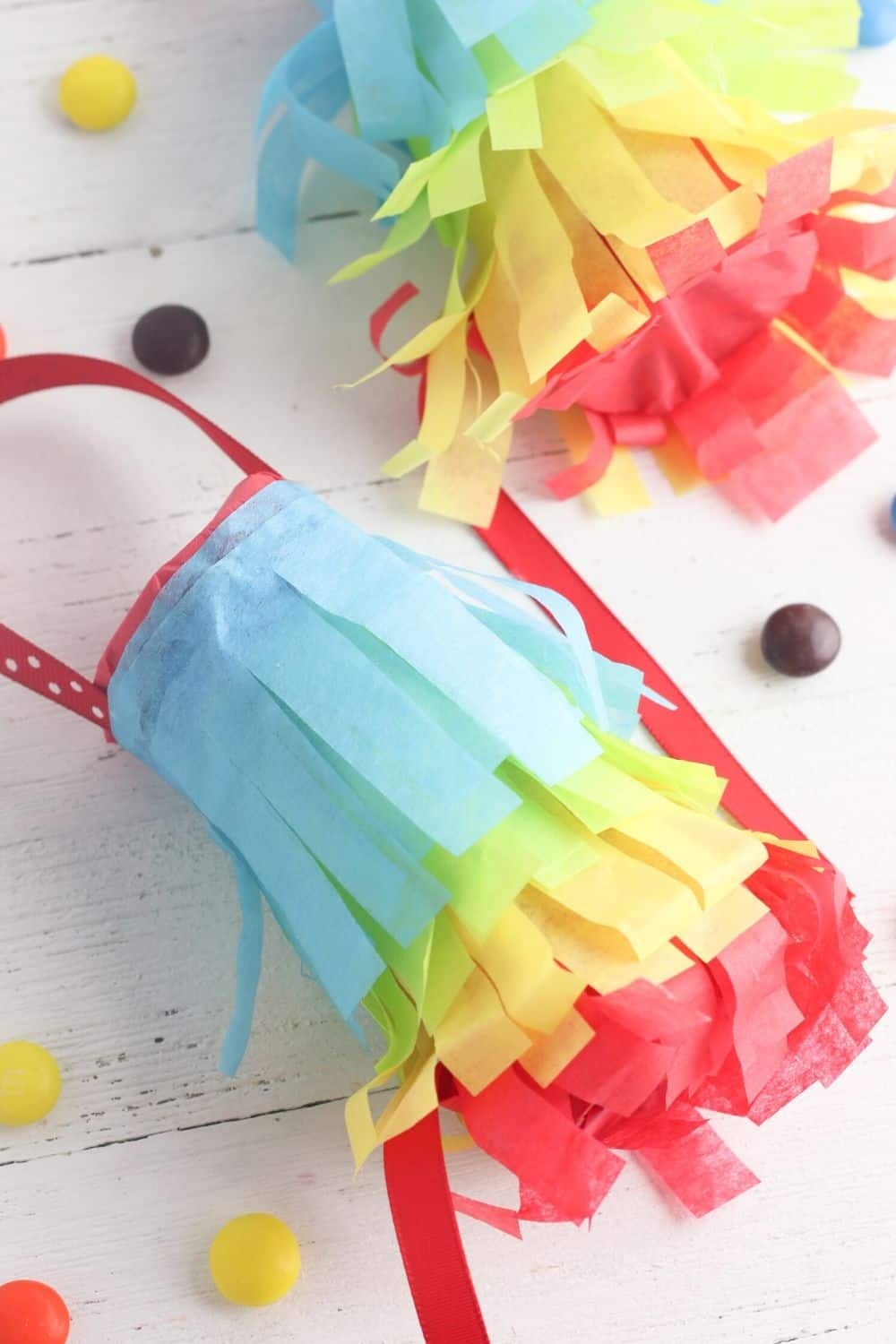 The kids can celebrate Cinco de Mayo too. These DIY Toilet Paper Roll Pinatas are a fun kid's craft project to make for your next Cinco de May fiesta. This is an easy way to recycle used toilet paper rolls too.