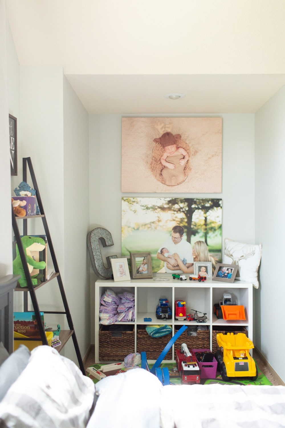 Benjamin Moore Gray Owl in boy's bedroom