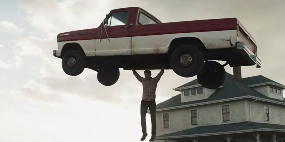 Superman and Lois official trailer car