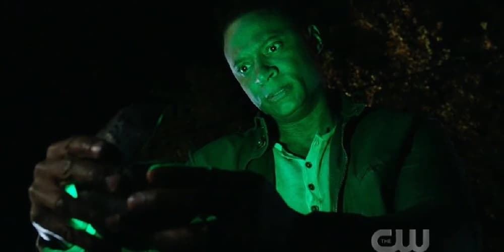 Arrow Series Finale Diggle Gets HIs Ring