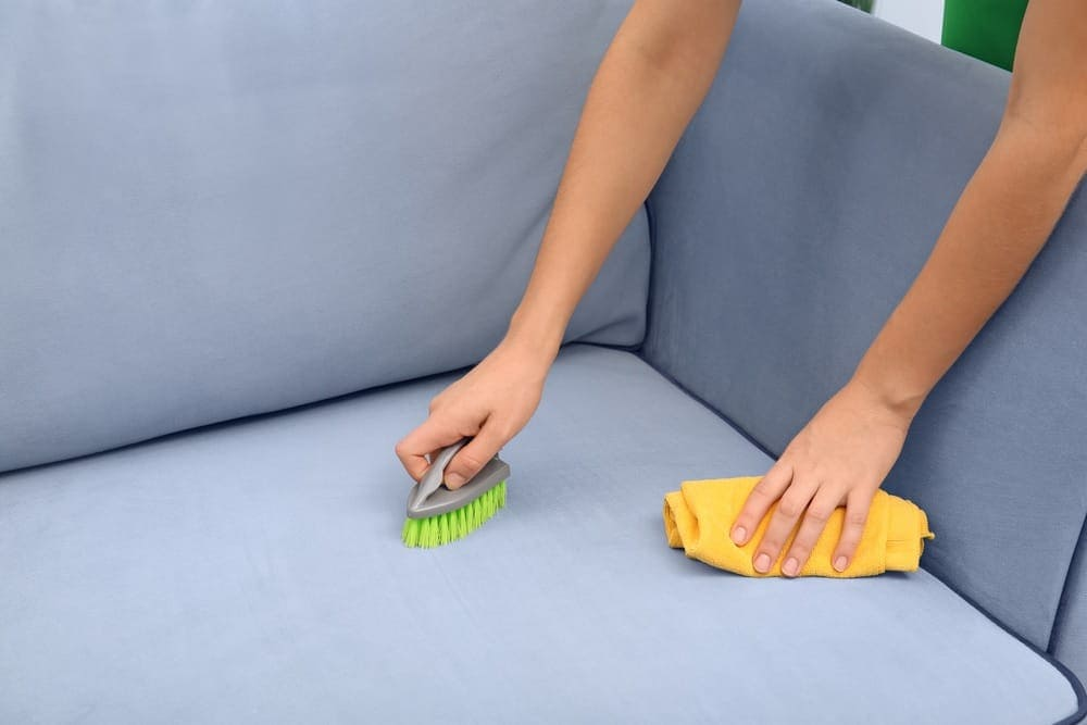 jak czyścić tkaniny pluszowe