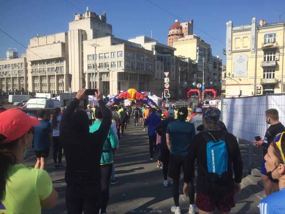 Стартовый коридор Kyiv Euro Marathon 2021