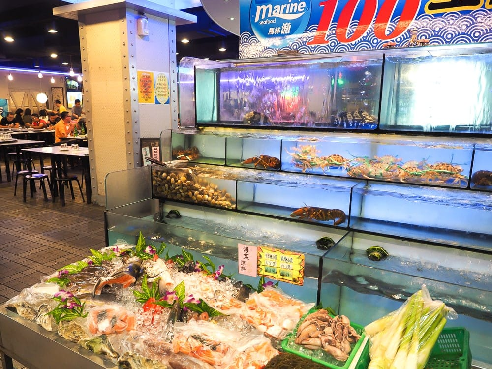 Marine Seafood, a popular quick fry restaurant in Ximending