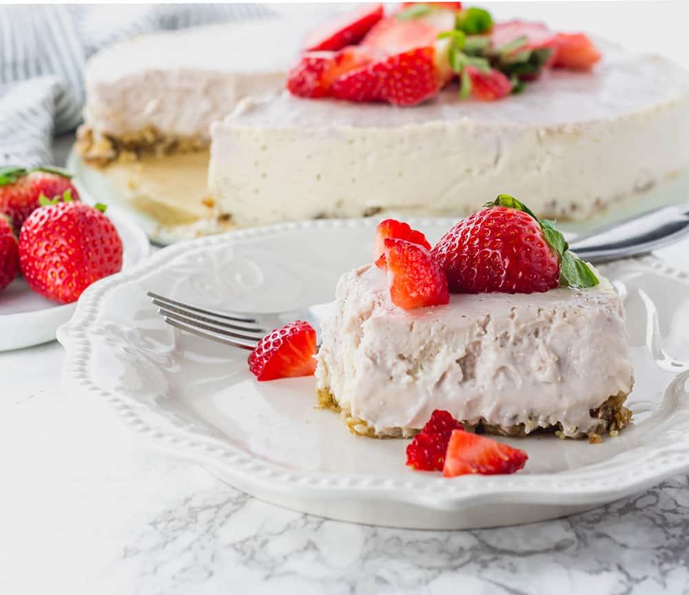 No Bake Strawberry Ice Cream Cheese Cake