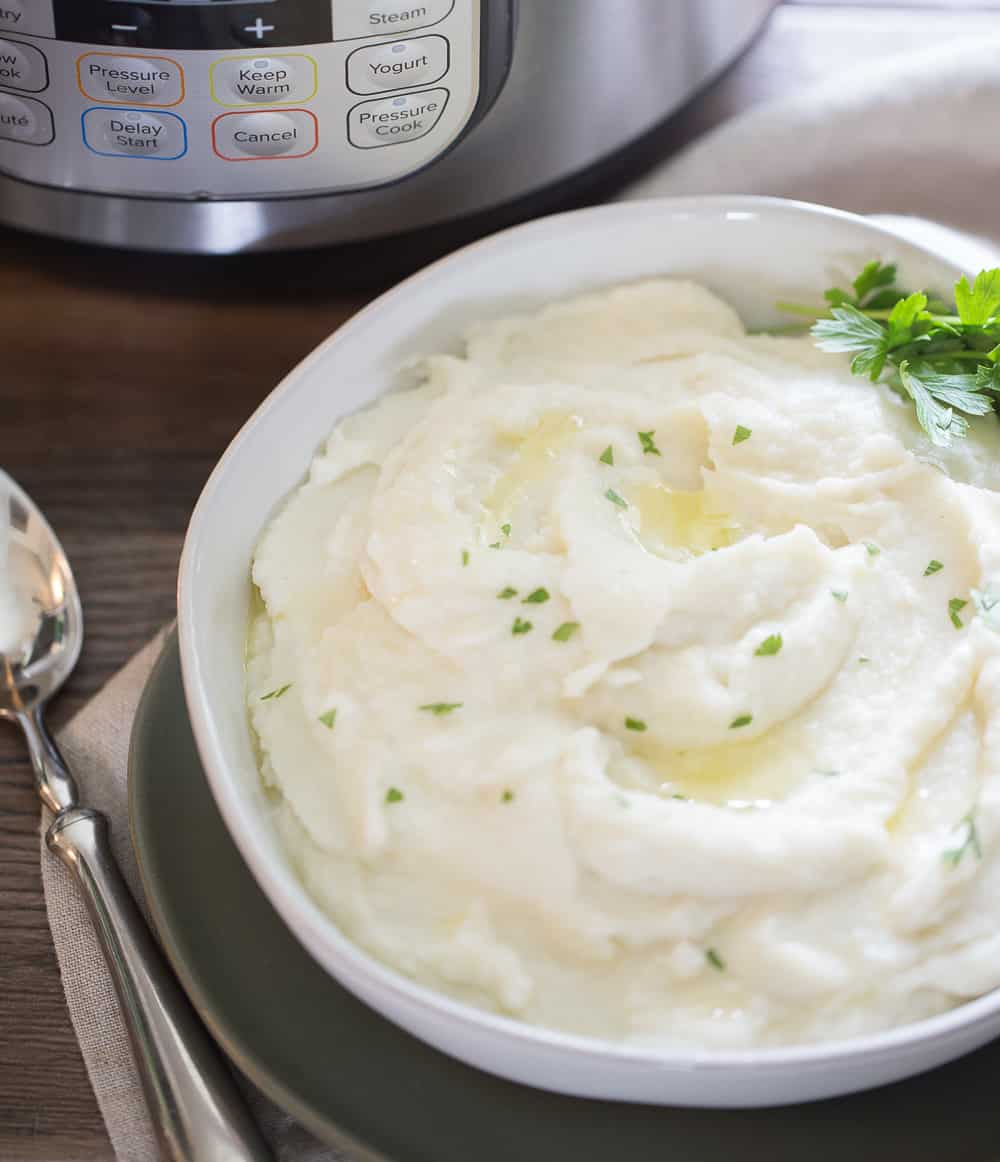 instant pot mashed cauliflower ready to serve