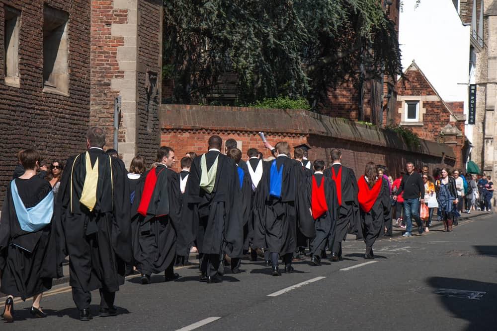 Estudiantes de la Universidad de Cambridge