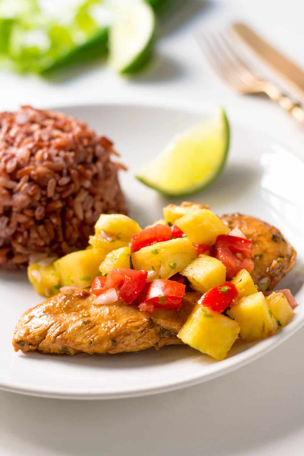 Chicken with Tomato Pineapple Salsa