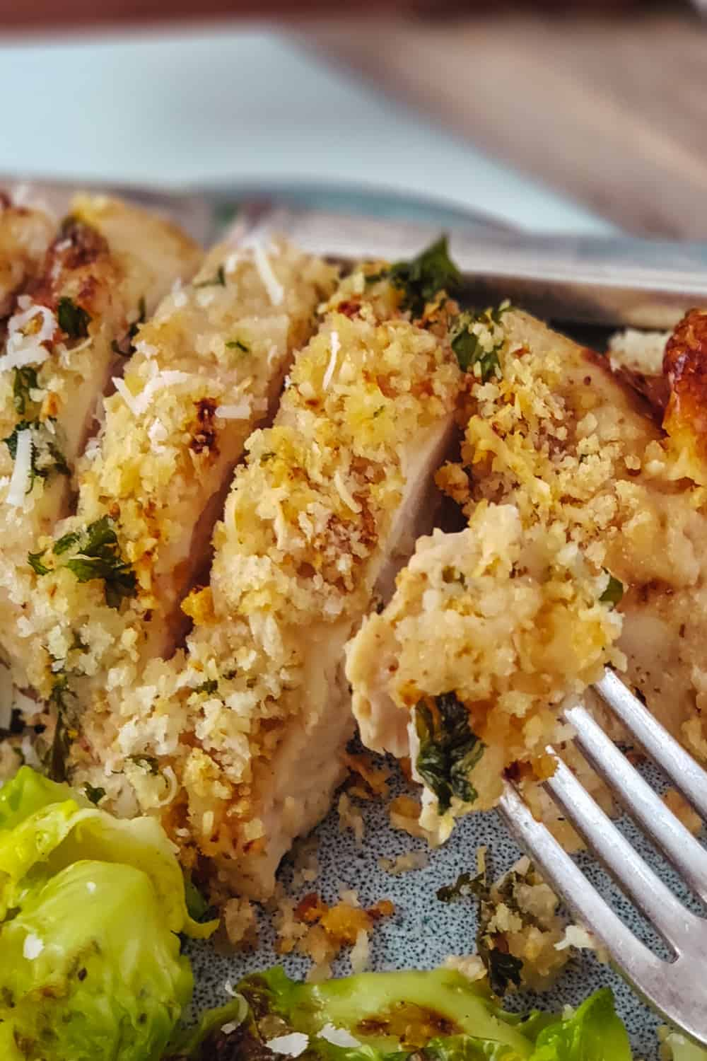 Tired of the same old chicken recipe for dinner? Mix things up with this easy and delicious Parmesan Dijon Chicken recipe for weeknight dinner. This easy parmesan crusted chicken recipe will have family asking for seconds. Add this easy chicken recipe to your weeknight meal plan. #chickenrecipe