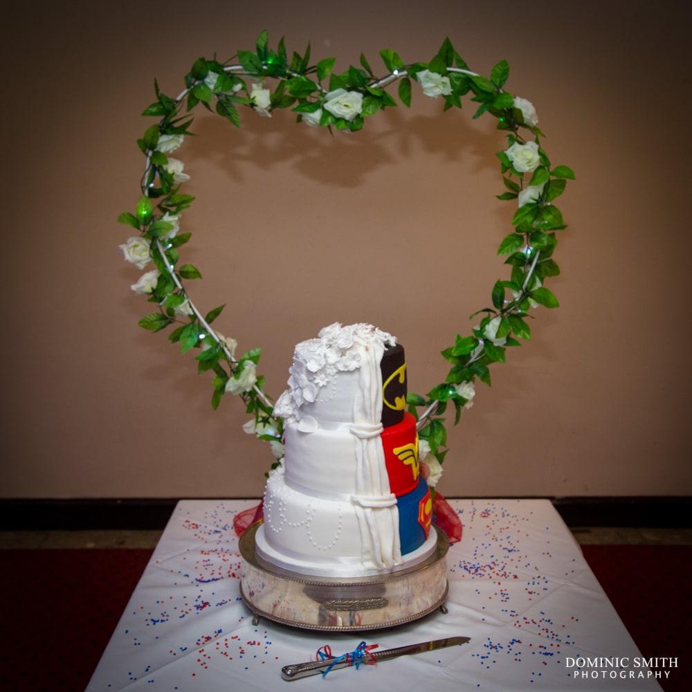 Wedding cake DC and Marvel