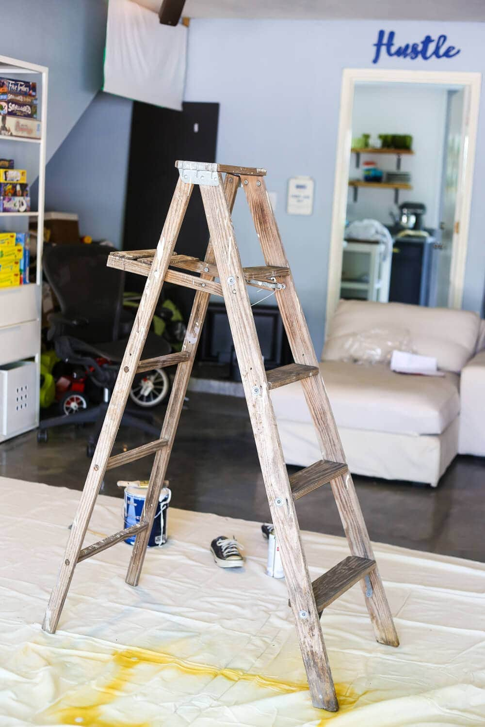 How to make a ladder plant stand