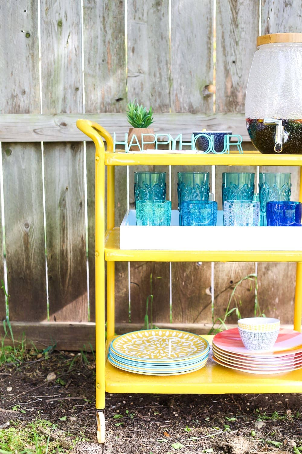 Great ideas for rusty furniture makeovers!