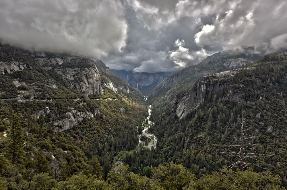 Fog and clouds in and over Yosemite Valley