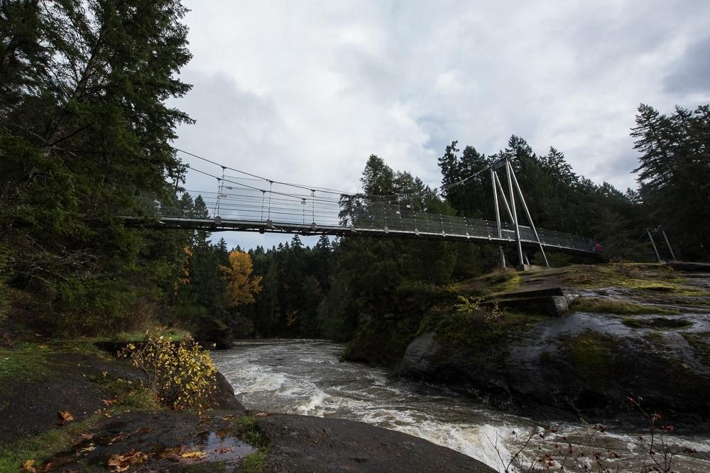 Water flowing under Top Bridge in Top Bridge park