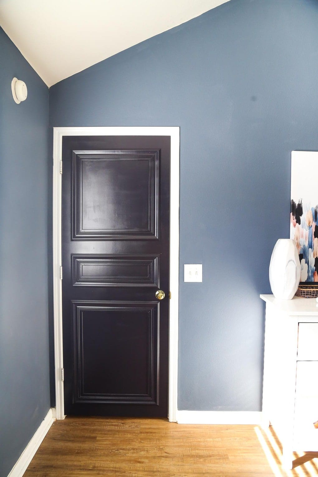 Easy DIY paneled interior door