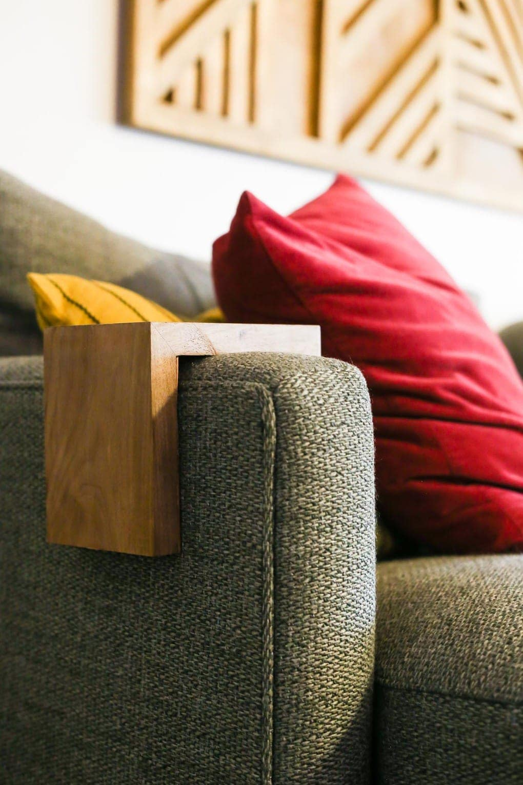 Easy DIY instructions for sofa arm table or couch sleeve