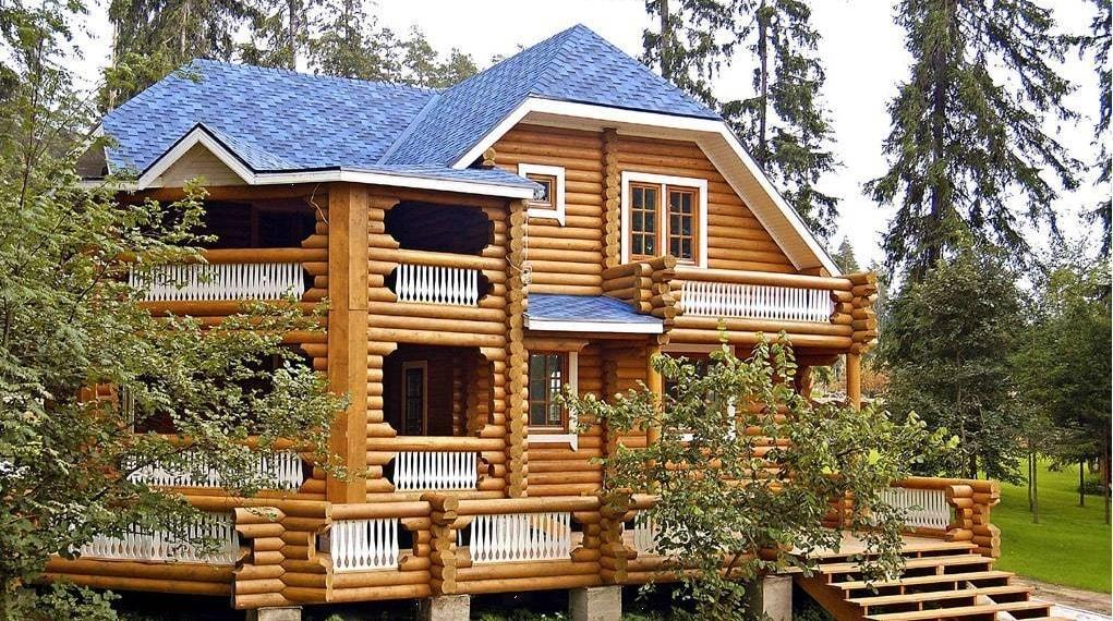 Отделка фасада деревянного дома: варианты оформления