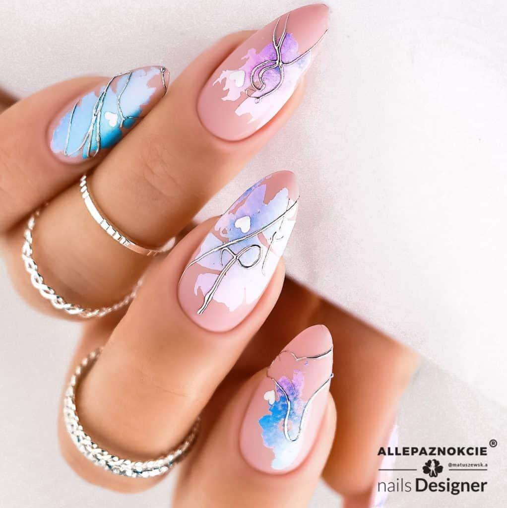 delikatny_manicure_hybrydowy
