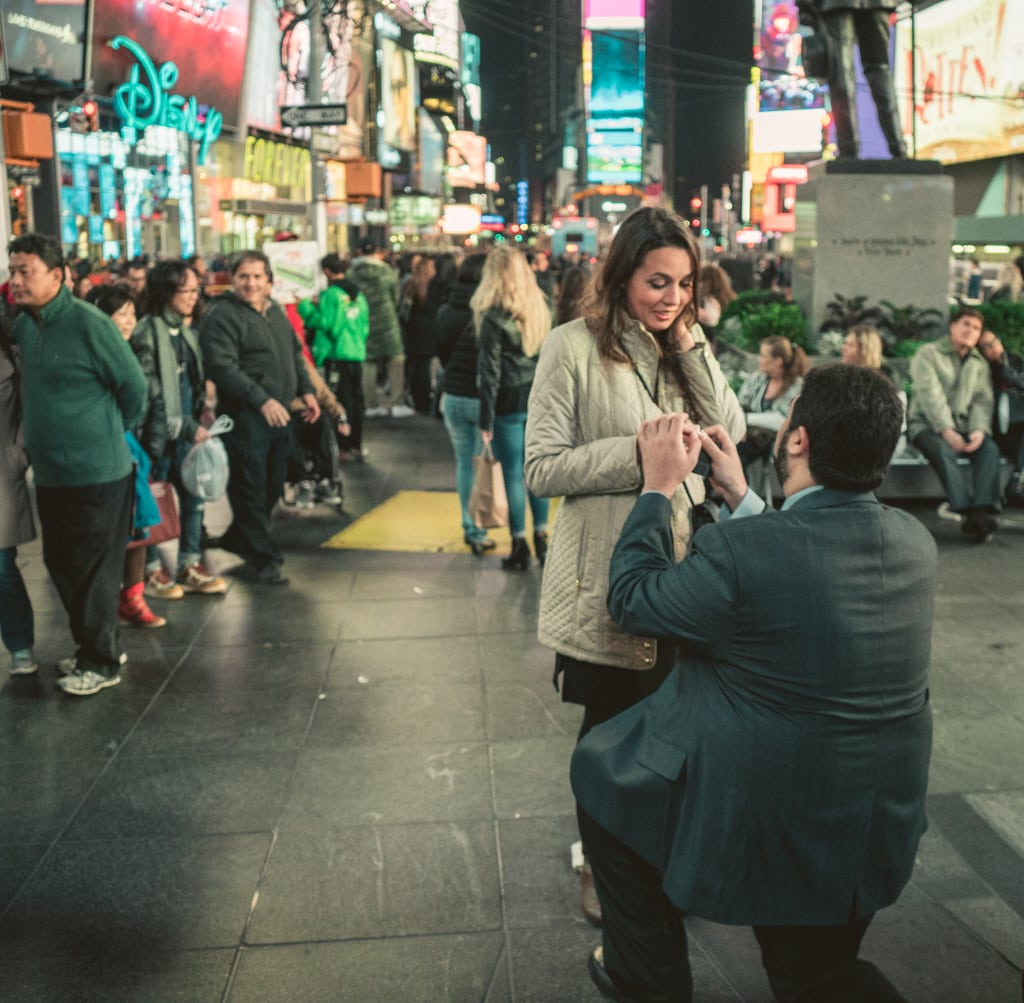 Photo 5 Times Square Marriage proposal New York City | VladLeto