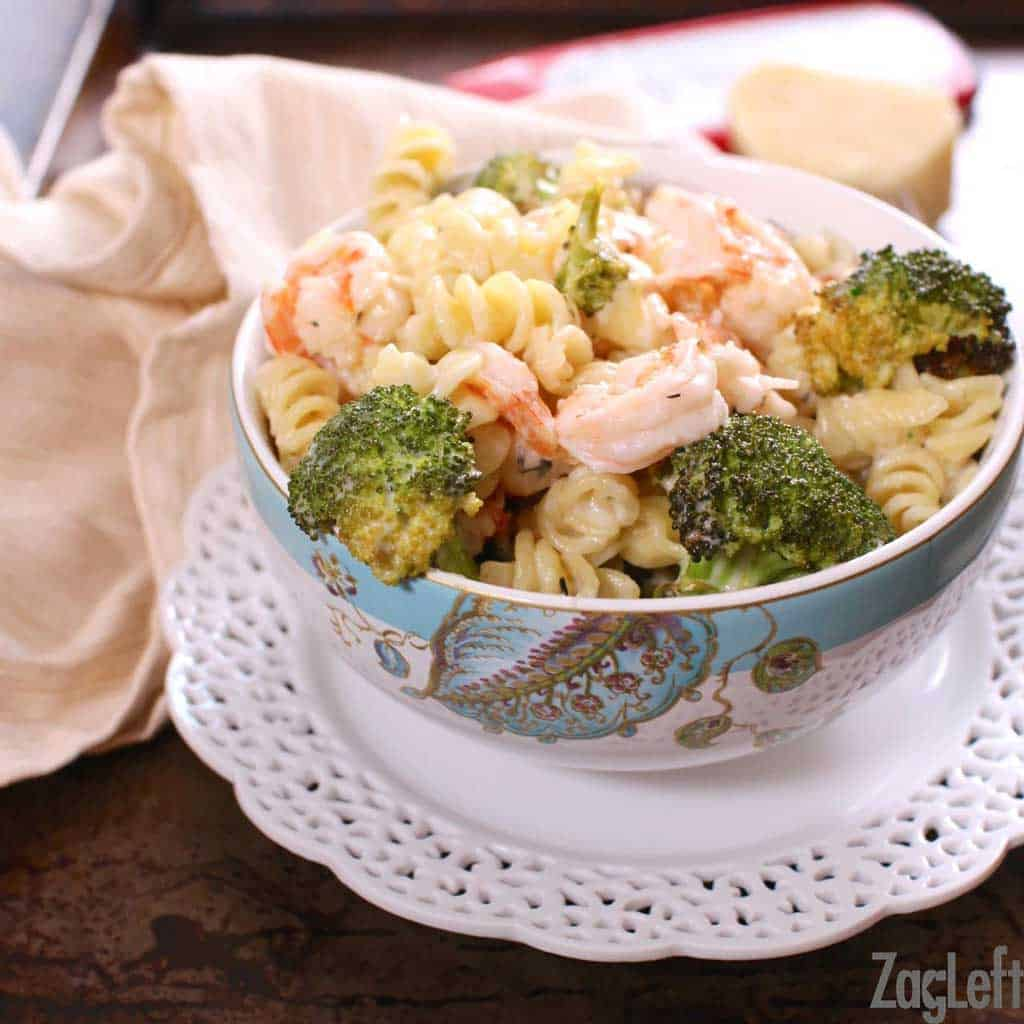 Roasted Broccoli and Garlic Shrimp Pasta - a healthy rendition of classic comfort food...| www.zagleft.com