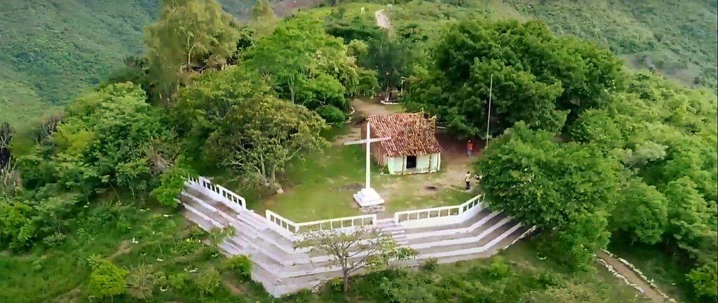 Alto del Cerro de la Santa Cruz en Salamá