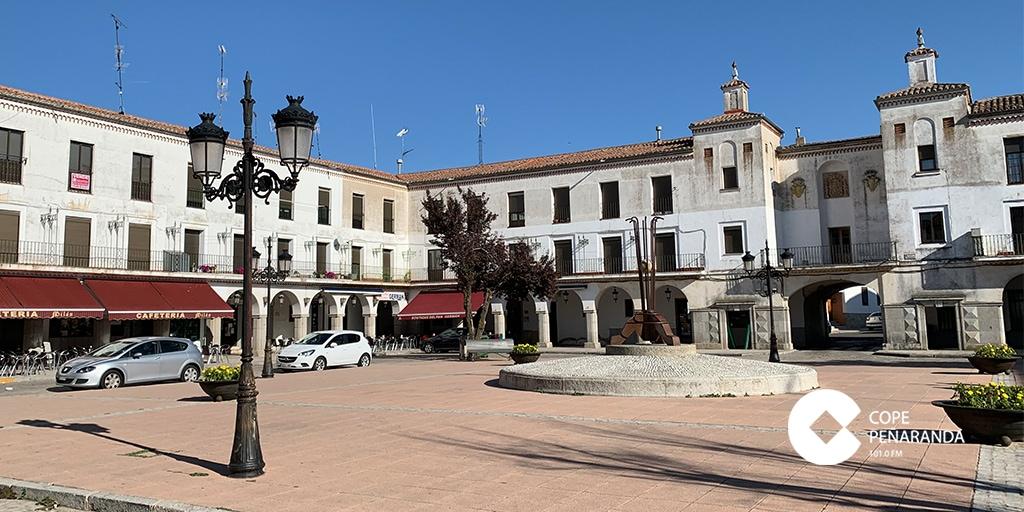 El Ayuntamiento estudiará peatonalizar también la plaza Nueva