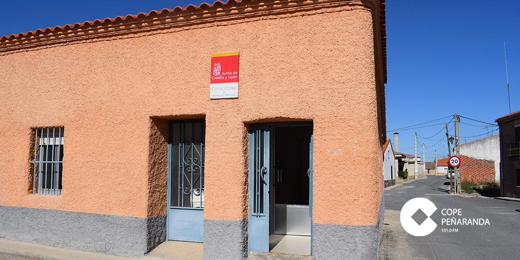 El PSOE exige a la Junta que reabra los consultorios médicos locales