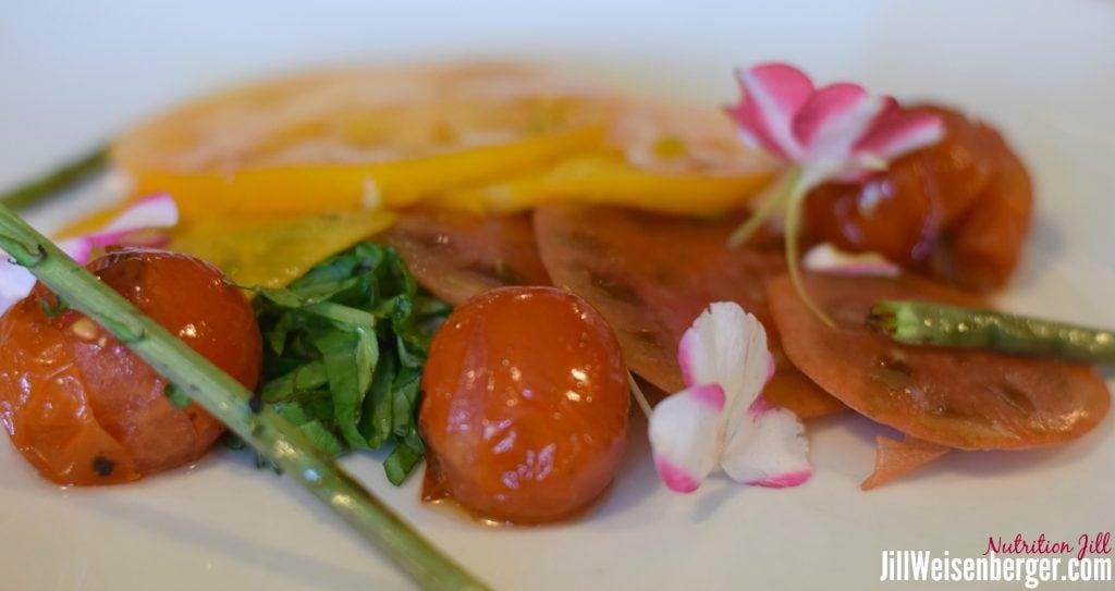 Mediterranean diet tomato salad