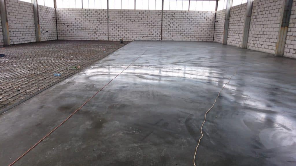 бетон с топингом