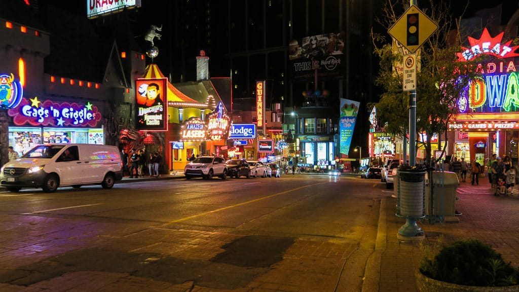 Clifton Hill and the bright lights and signs reminded us a lot of Las Vegas.