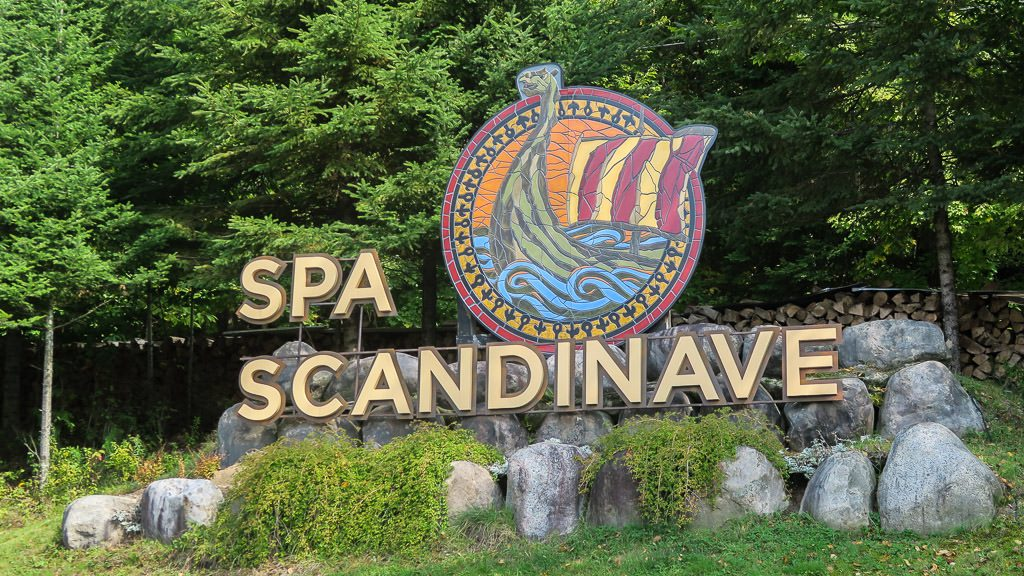Sign outside the front of scandinave spa in mont-tremblant