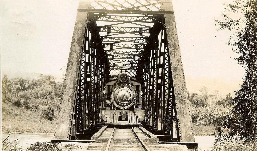 Ferrocarril del Norte: puente sobre el río Motagua en Morales