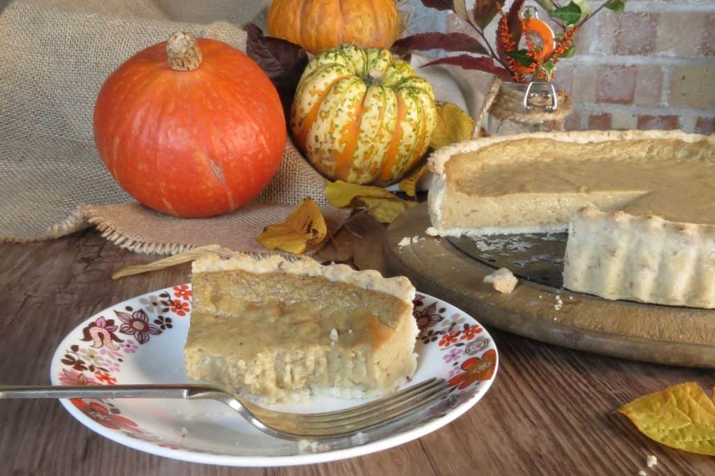 Vegan Pumpkin Pie - also gluten free, by Glutarama