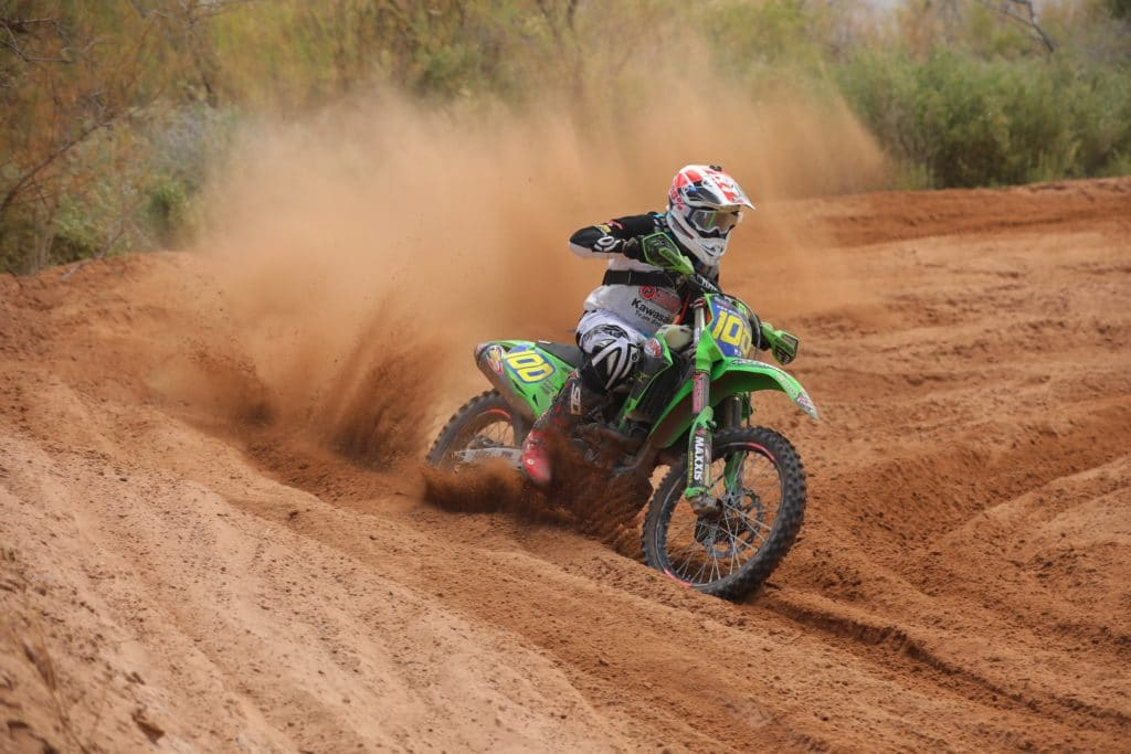 zach bell riding his kx450 at the 2020 mesquite worcs race
