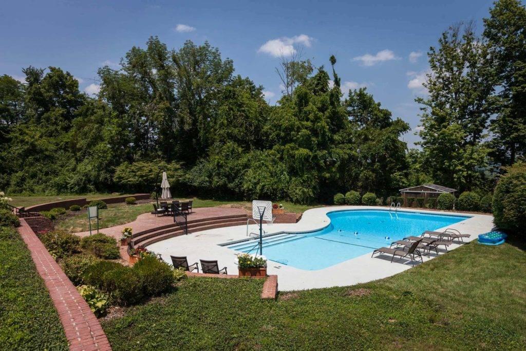 The Ridge Pool