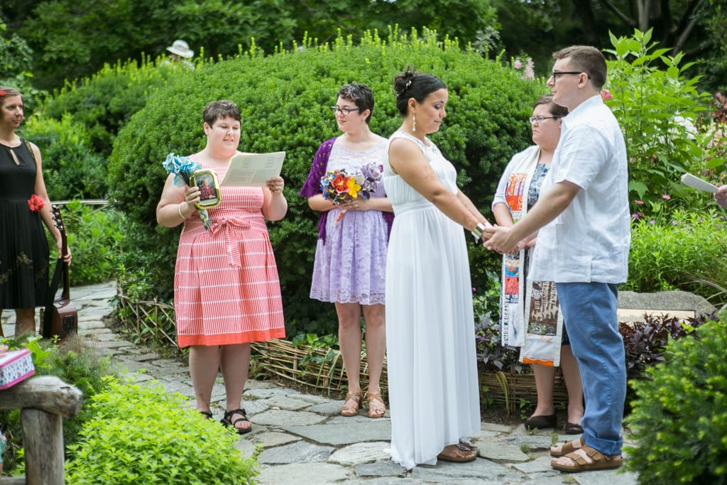 Photo 63 Shakespeare Garden wedding | VladLeto