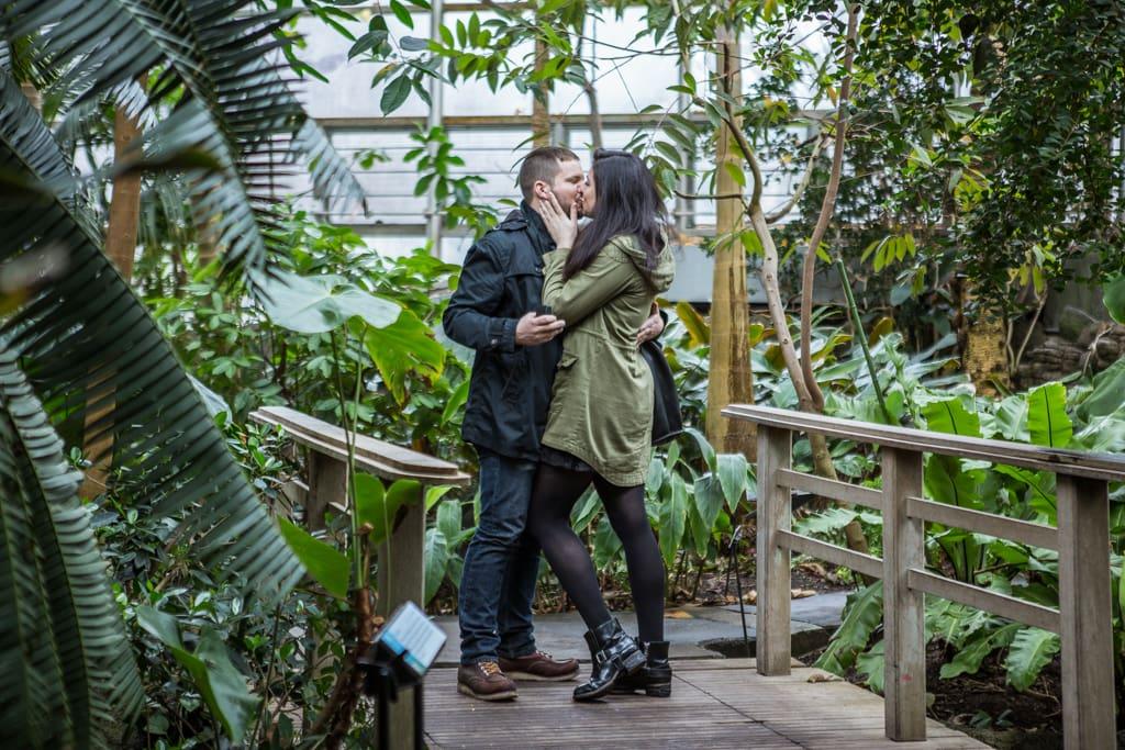Photo 5 Wedding Proposal in Brooklyn botanical garden | VladLeto