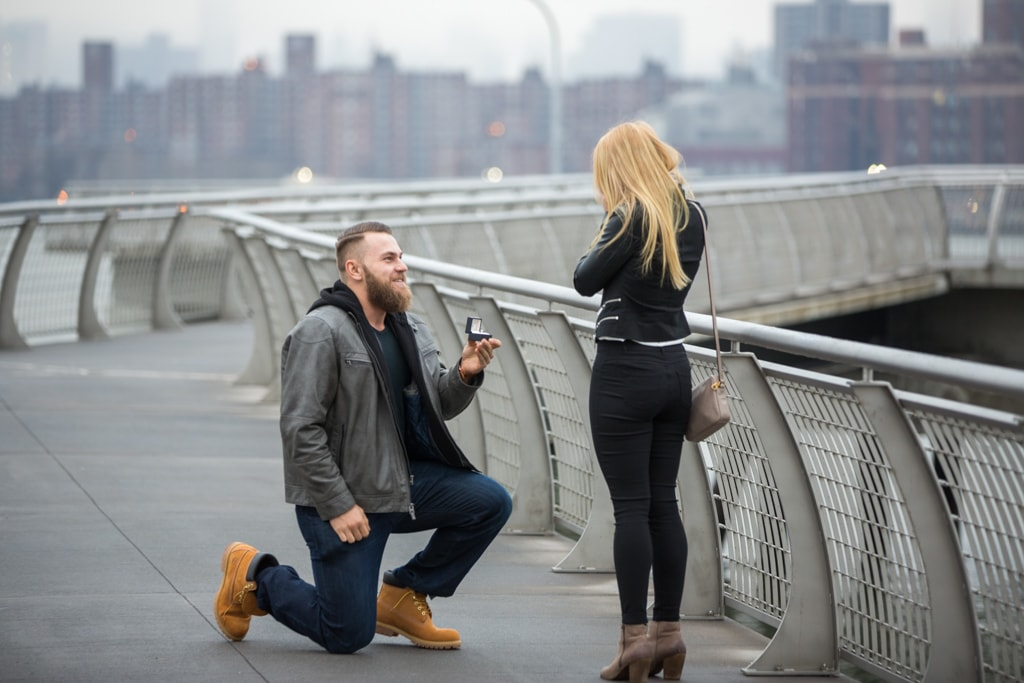 Photo 9 Greenpoint Brooklyn marriage proposal at secret spot. | VladLeto