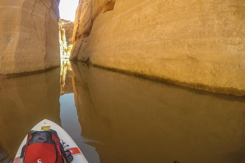 The extremely calm water as we got into the very narrow portion of the canyon on Lake Powell