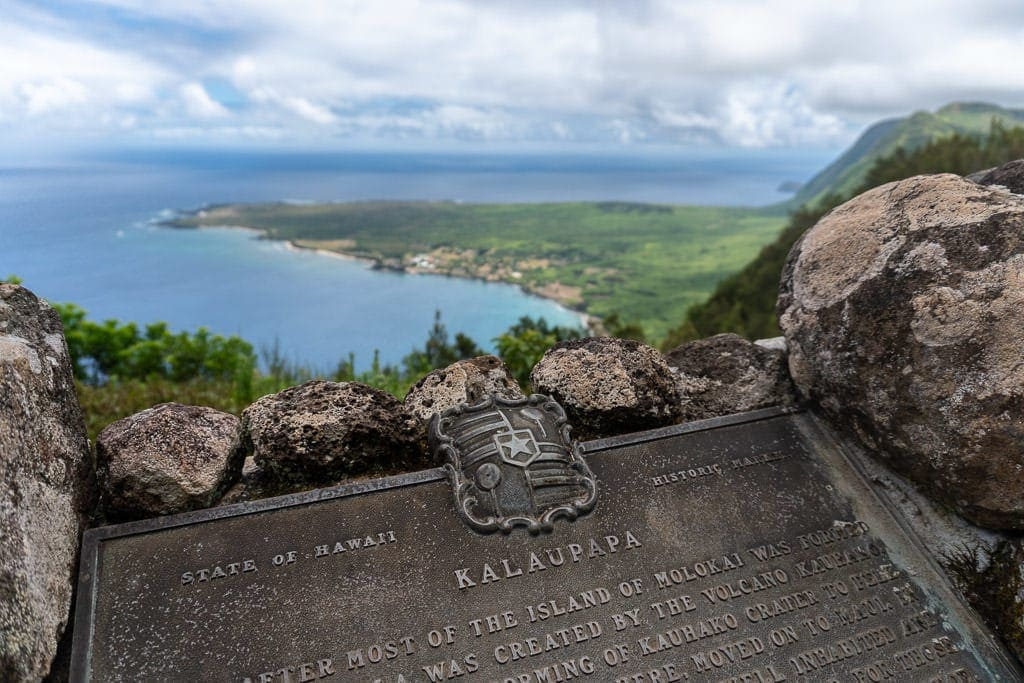 sign above kalaupapa molokai shortly before the kalaupapa hike