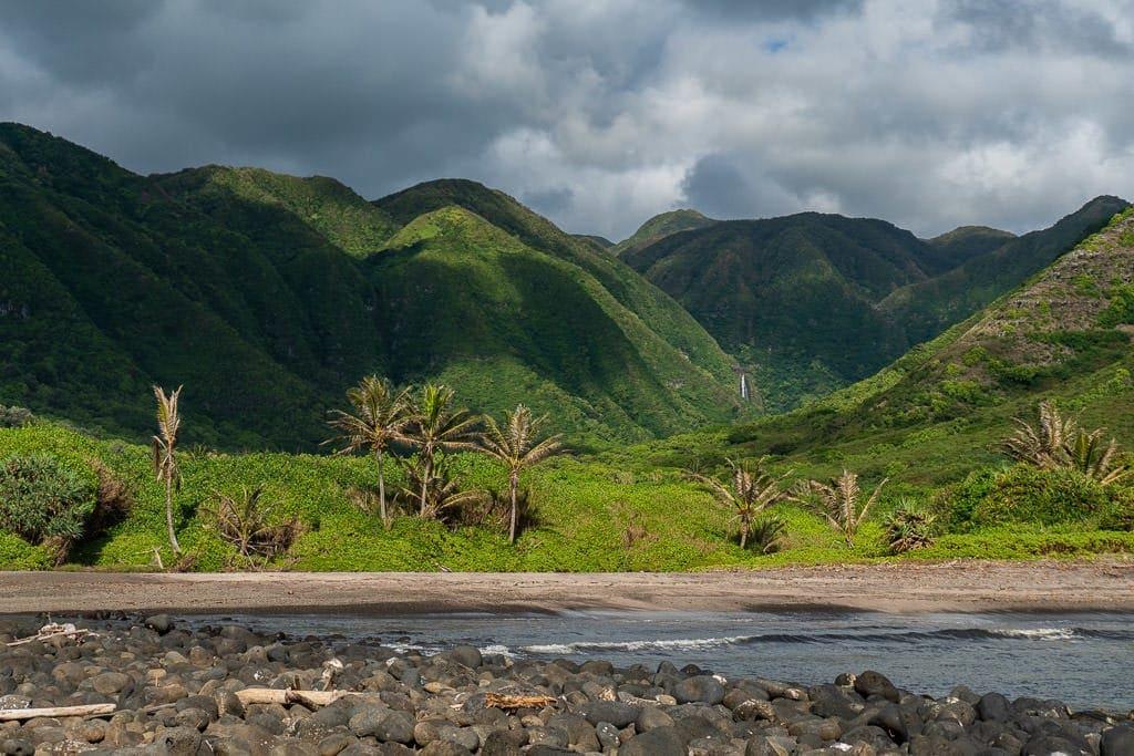 halawa valley views of molokai tour