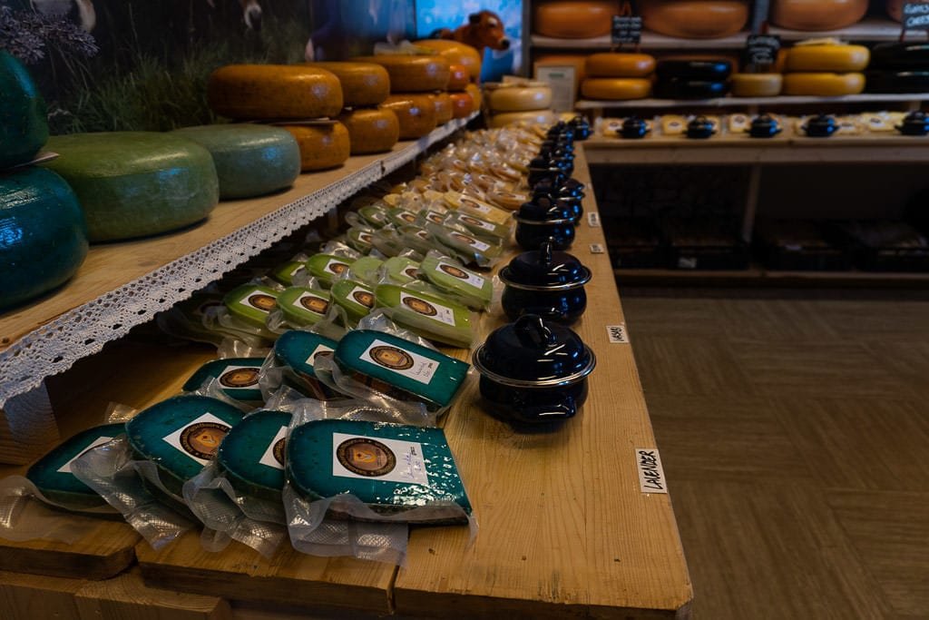 cheese store in giethoorne on day trip from amsterdam