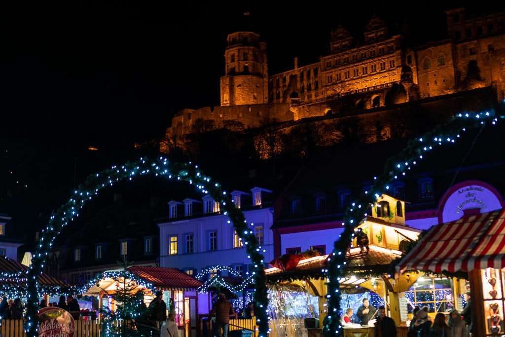 heidelberg christmas market below heidelburg castle in germany