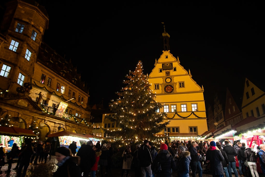tree at rothenburg christmas markets in germany