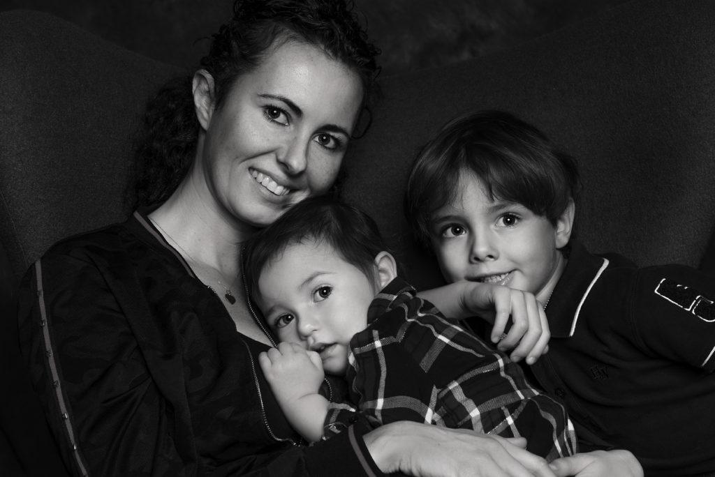 Zdjęcie rodziny w studio