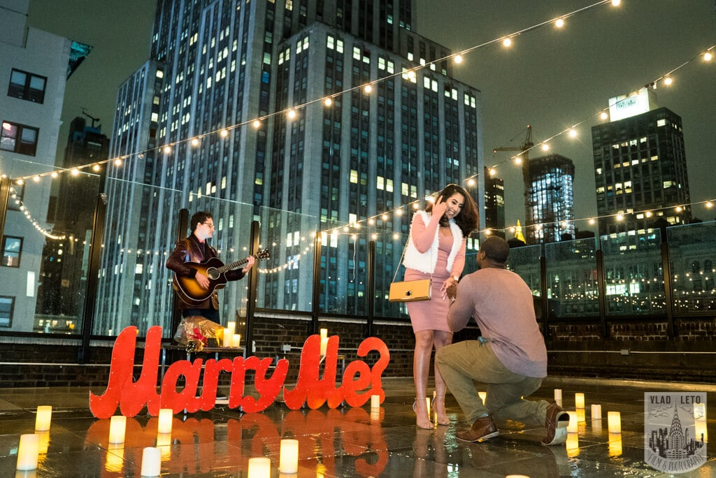 Photo Rooftop Proposal with Empire State view | VladLeto